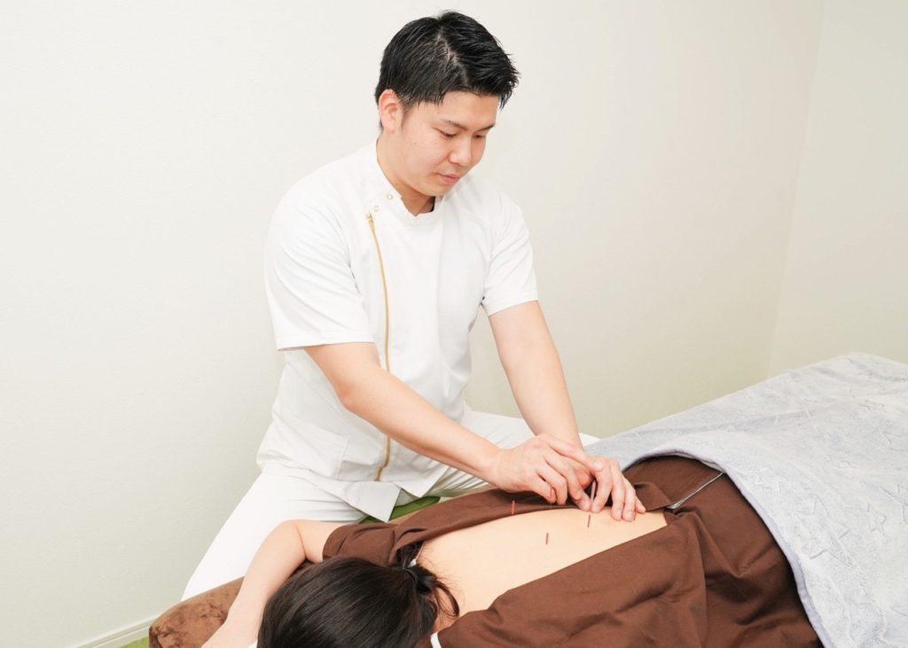 浜松のはり治療の施術画像